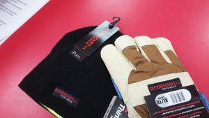 toque and gloves